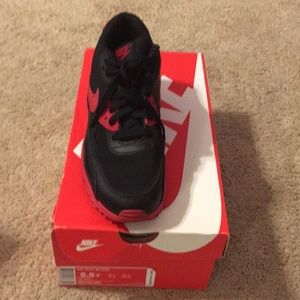 Air Max 90 (GS) 5.5 Blk/Gym Red